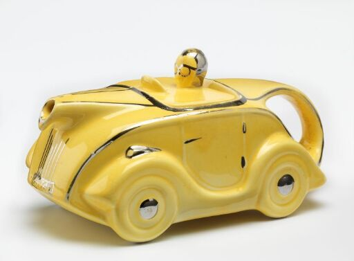 OKT42 Racing Car Teapot