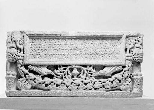 Cinerary urn of L. Aemilius Valerianus