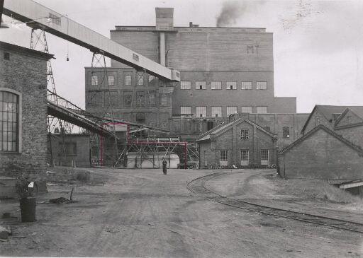MT - Fabrikk i Edsvalla