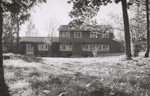 Shipowner Thomas Olsen's villa