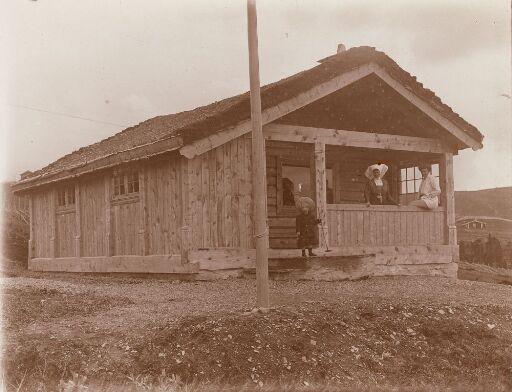 Tre hytter på Golå