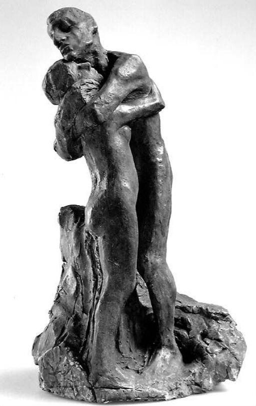 Mann og kvinne omfavner hverandre