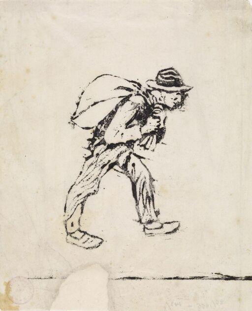 Mann med sekk på ryggen