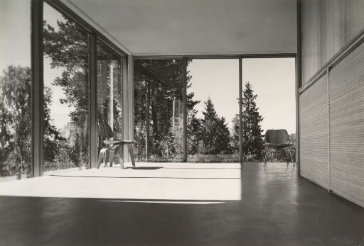 Eames-stoler i Planetveien
