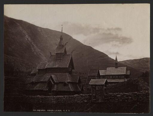 Borgunds Kirker i Lærdal