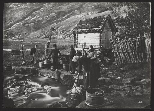 Klædevask ved Elven