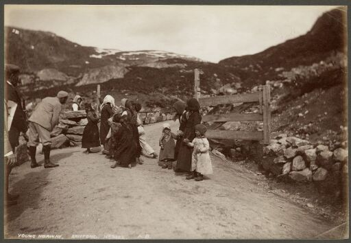 Young Norway, Briefond
