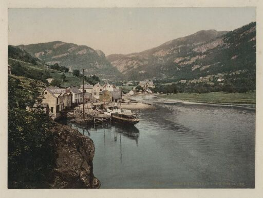 Eide. Hardanger from the south