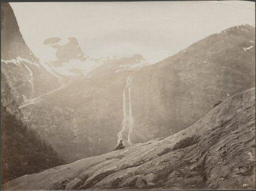 Parti fra Brigsdal, Olden i Nordfjord