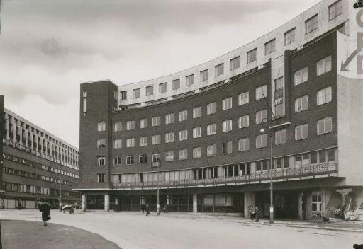 Kontorbygg i Fritjof Nansens plass 6