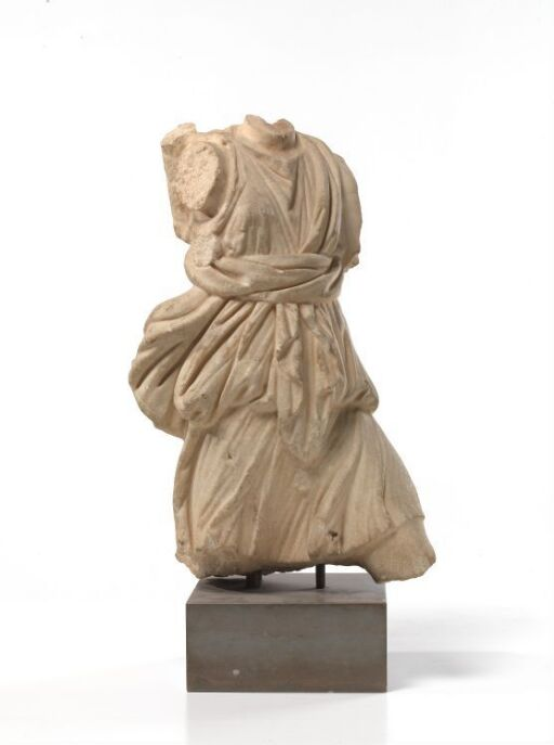 Artemis, Versailles-Leptis type