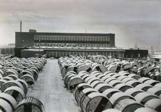Standard telefon og kabelfabrikk