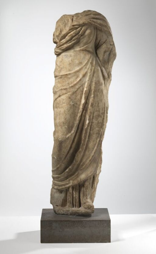 Kvinnestatuett, type Urania Uffizi